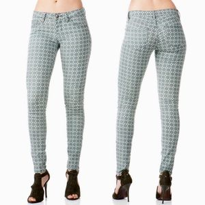 """HARPER Jeans Skinny Geometric Print size 29 x 29"""""""